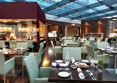 Restaurant Spagos Park Inn by Radisson Berlin Alexanderplatz