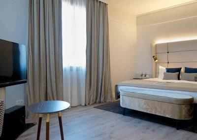 Hotel Cerretani Firenze MGallery by Sofitel Suite Bedroom